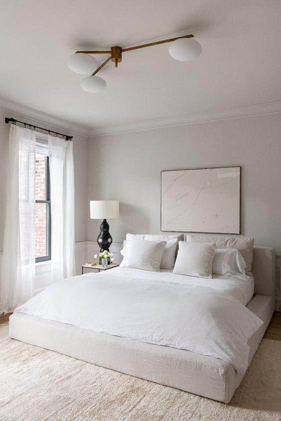 4. Gunakan tempat tidur rendah